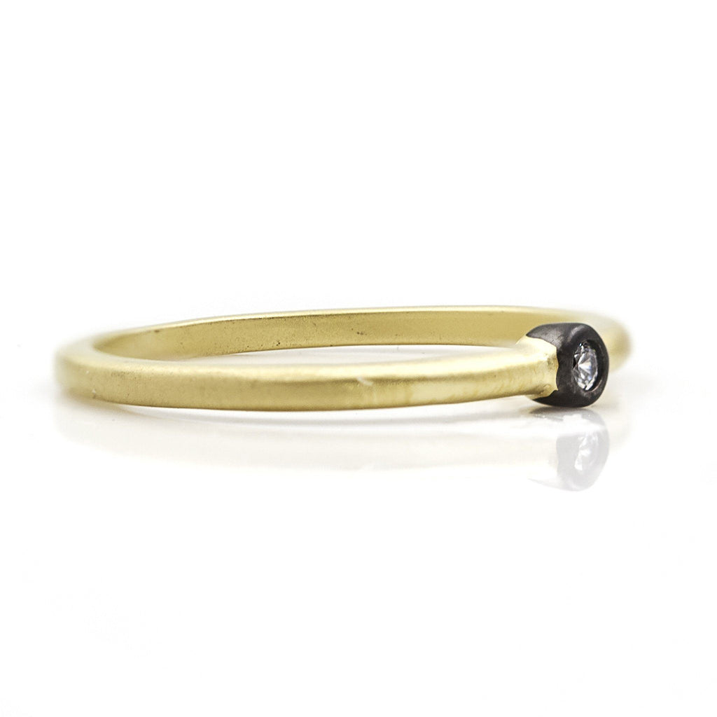 RING - Simple Bezel Ring