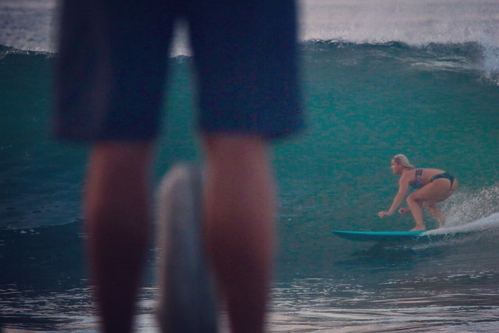 Candice surfing El Zonte her waves