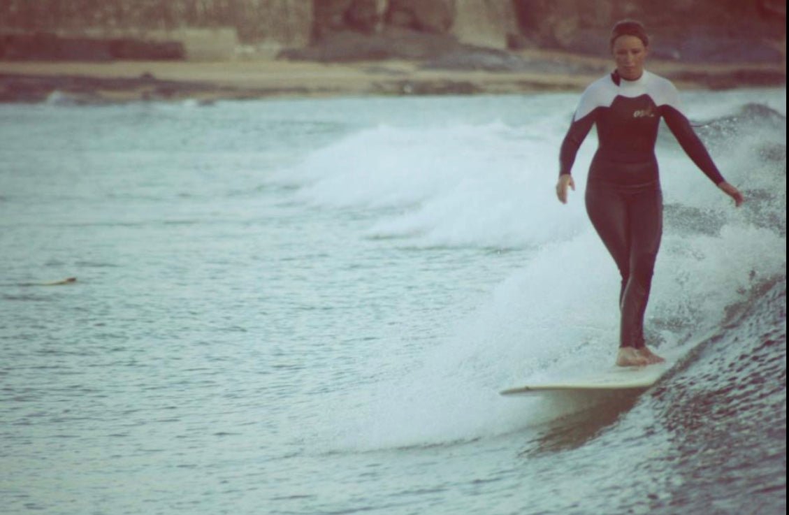 Ashleigh Surfing In Cornwall her waves