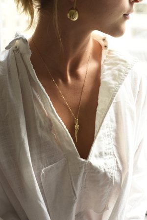 knot, necklace, brass, 20in, model.