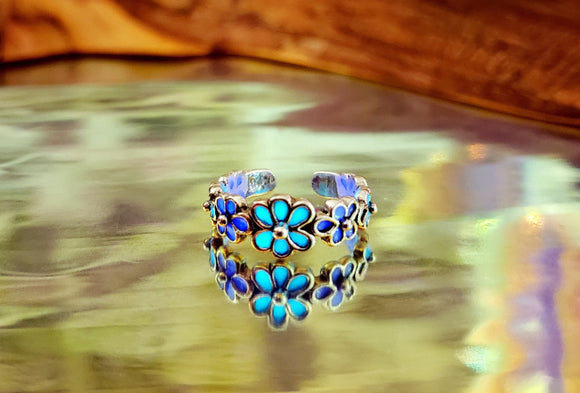 Daisies Toe Ring Glow in the Dark / Sterling Silver 925 / Daisy flower /
