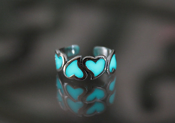 Hearts Toe Ring / Glow in the Dark / Sterling Silver 925 / Midi Ring /