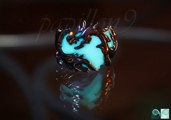 Dragon Ring Glow in the Dark / Stainless Steel ring / Celic Ring / Fantasy ring /