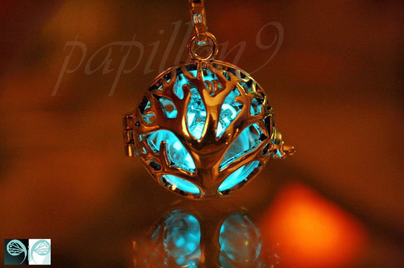 Tree of life Locket  Glow in the dark / Luminous Dandelion Seeds / Dandelion Pendant / GLOW in the DARK /