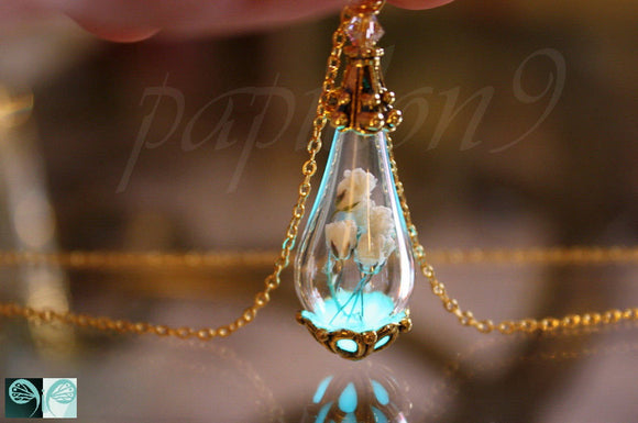 Baby's breath Pendant / Glow in the Dark /  Flower Necklace / Real Flower Pendant / Glass Tear Drop Pendant /
