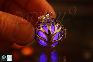 Tree of life Locket Glow in the Dark / Silver Locket / Purple Glow / Glass Bubble Pendant / Rose Gold Locket /