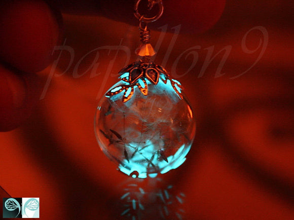 Dandelion Seeds Pendant / GLOW in the DARK / Glass Bubble Pendant / Dandelion Seeds /