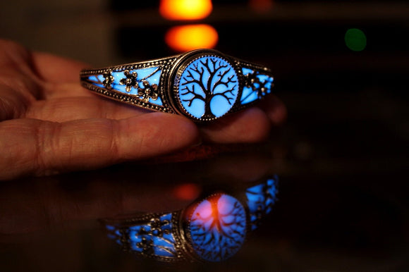 Bangle Bracelet Glow in the Dark / Plated Silver Snap Bracelet / Flowers Bracelet /