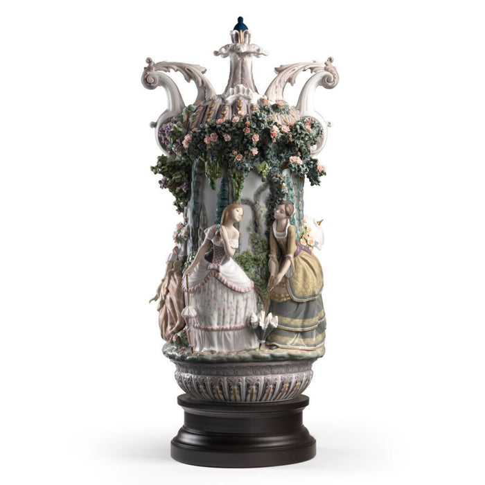 Lladro Ladies from Aranjuez Vase - Limited Edition