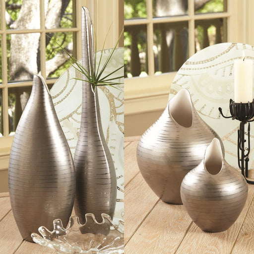 Global Views Platinum Stripe Vase