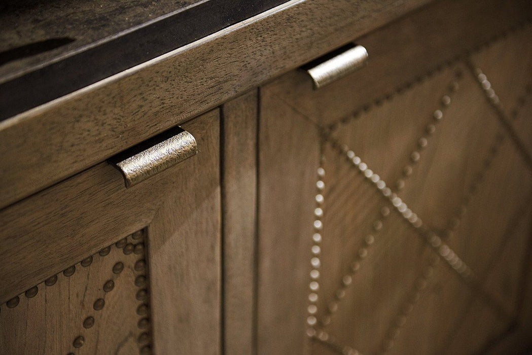Tommy Bahama Home Cypress Point Emerson Hall Chest