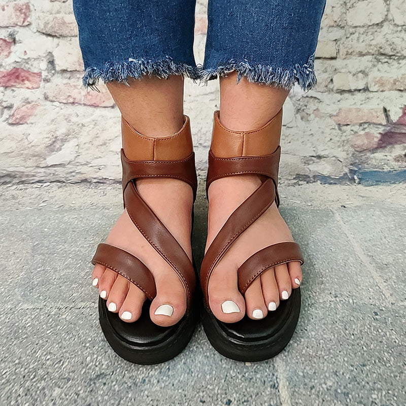 Women Casual Ankle Strap Zip Flat Fashion Outdoor Sandals