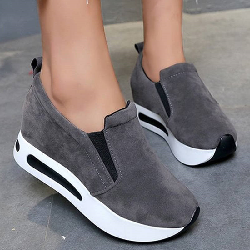 Women Casual Suede Comfortable Solid Color Slip On Platform Loafers