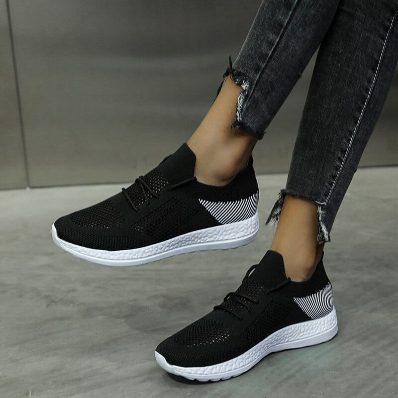 Women Simple Flyknit Fabric Hit Color Lace Up Breathable Platform Sneakers
