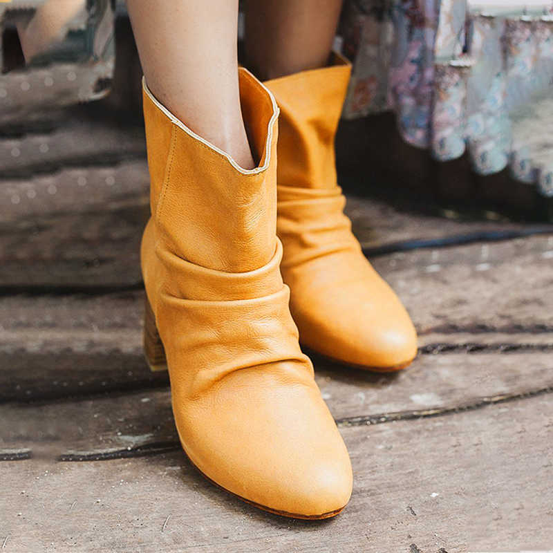 Women Simple Pleated Uppers Slip On Chunky Heel Boots