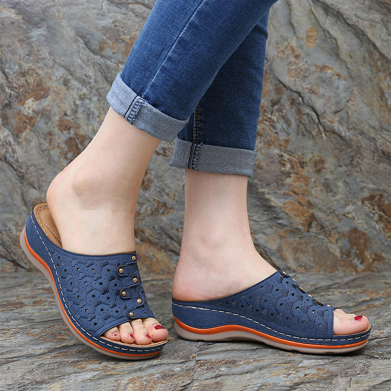 Women Casual Hollow Out Pattern Lightweight Soft Wedge Heel Slippers