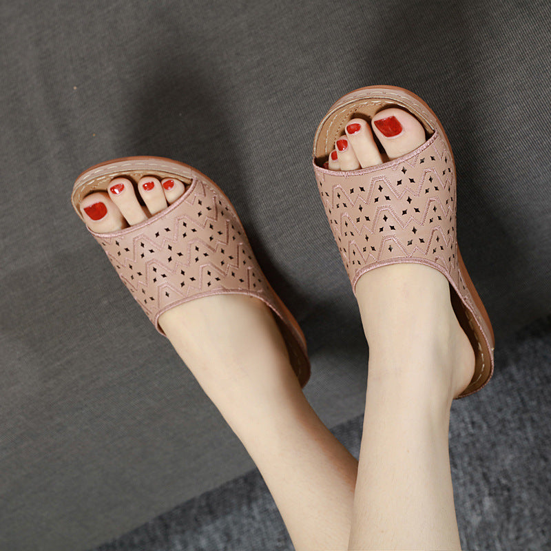 Women Casual Large Size Cutout Comfortable Slippers