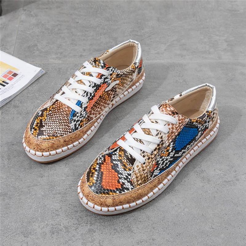 Women Chic Snakeskin Mixed Colors Lace Up Sneakers