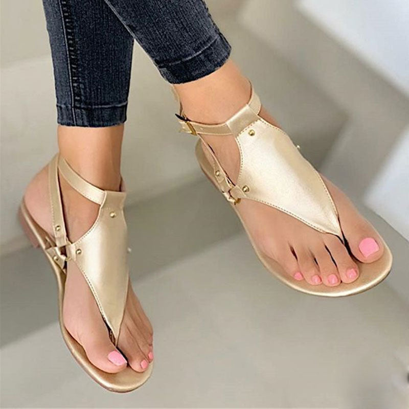 Women Plus Size Thongs Buckle Strap Flat Heel Sandals