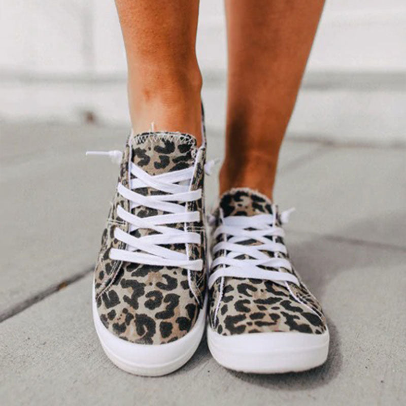Women Fashion Lace-up Leopard Canvas Flat Sneakers