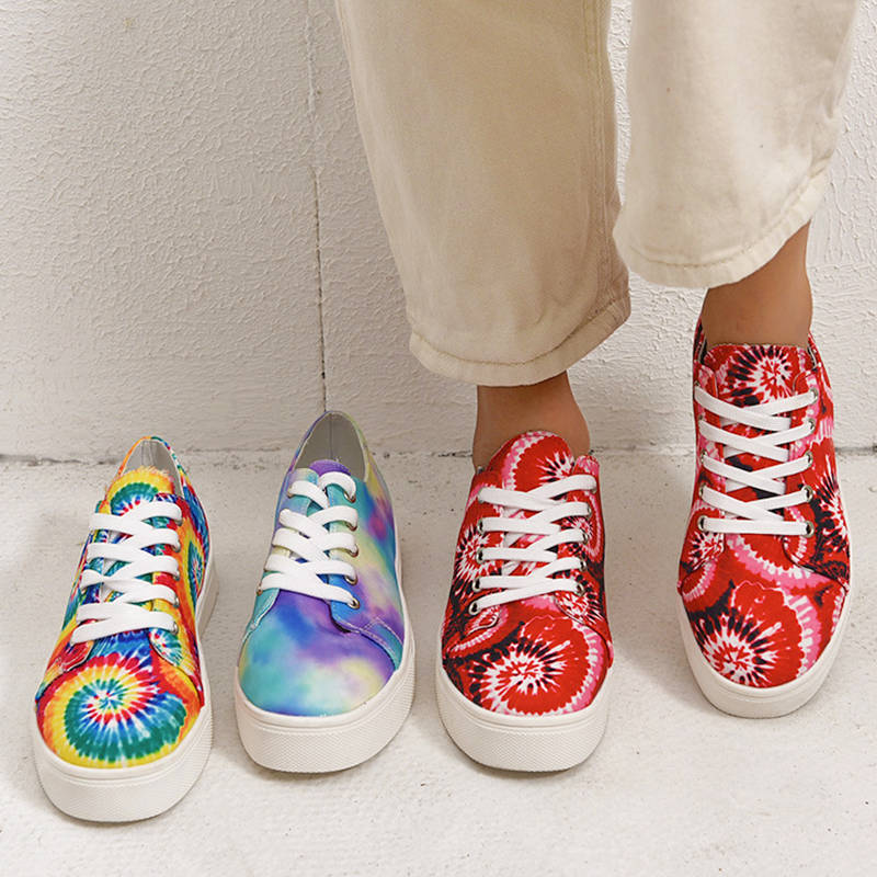 Women Stylish Characteristic Pattern Tie Dye Hit Color Lace Up Platform Sneakers