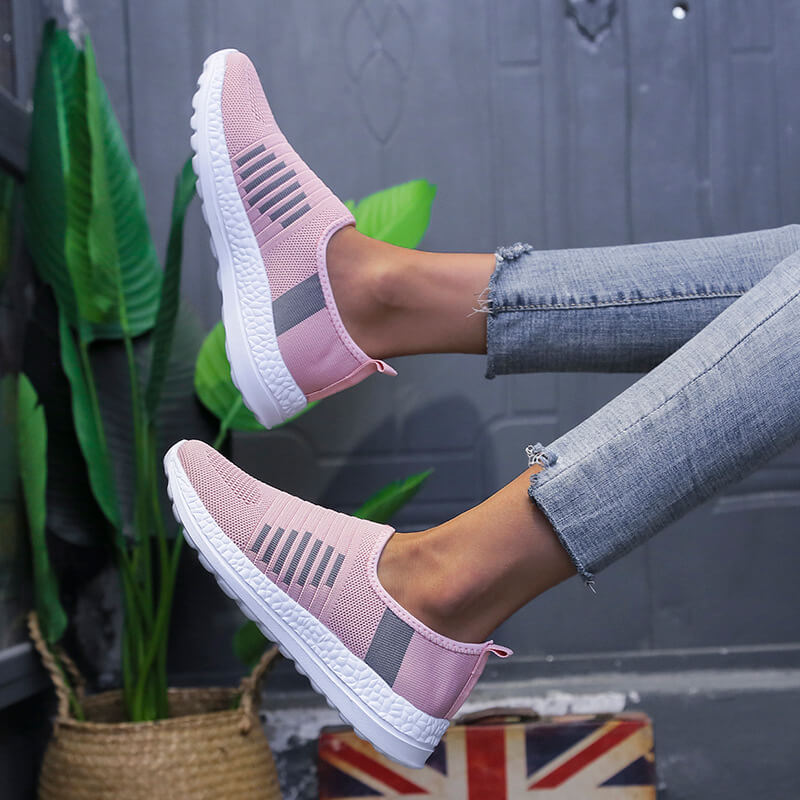 Women Athletic Flyknit Fabric Hit Color Slip On Flat Heel Sneakers