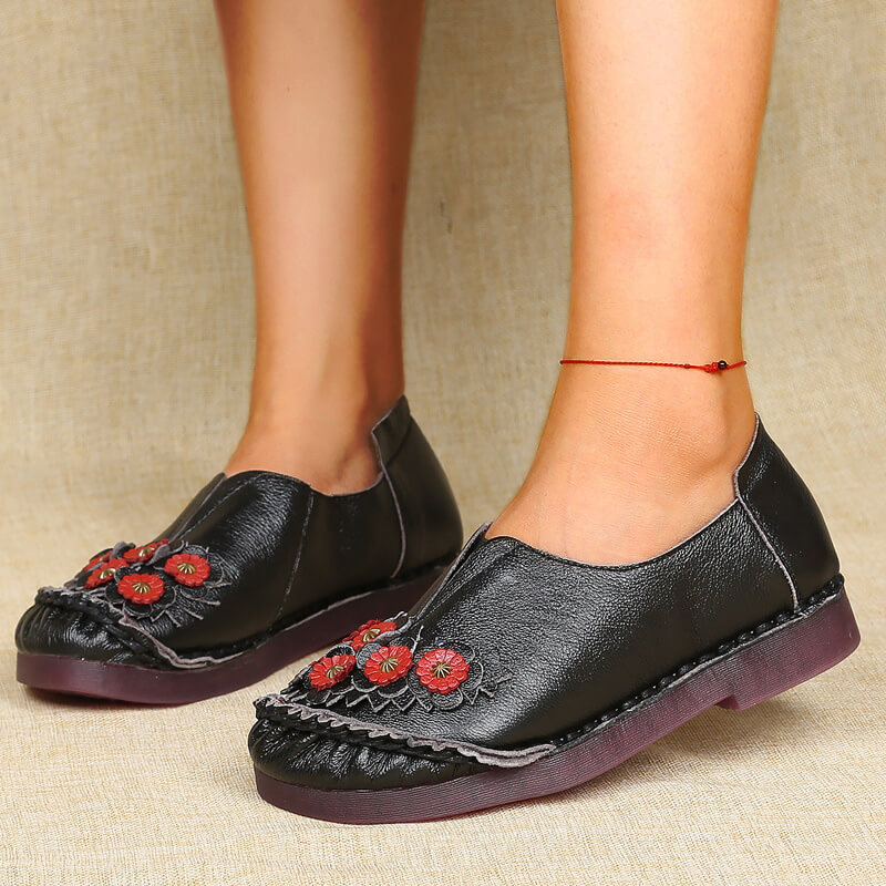Women Comfortable Applique Slip On Flat Heel Loafers