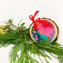 Load image into Gallery viewer, Hand-painted wooden ornament choose your word 34