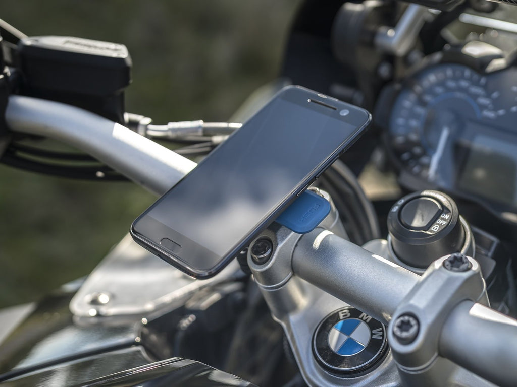 BMW GS1200 adventure tourer wth Quad Lock Smartphone motorcycle mount installed