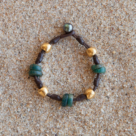 Bracelet featuring Ancient Djenne African beads