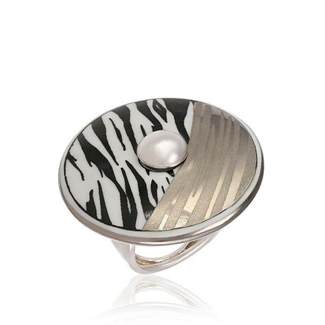 ZEBRA platinum plated fine porcelain ring