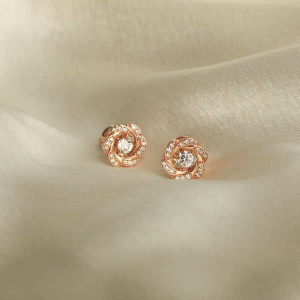 Dancing Diamond Flora Studs/m077