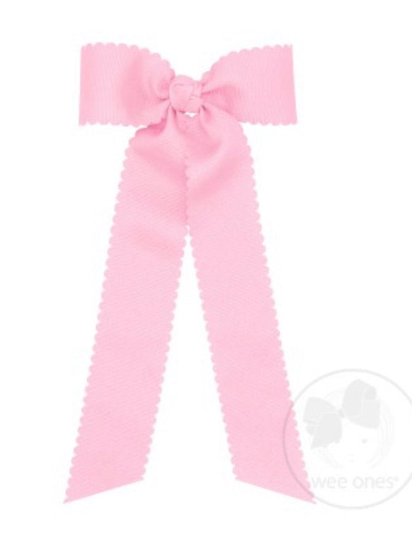 Pearl Pink Medium Scalloped Edge Grosgrain Streamer Bow