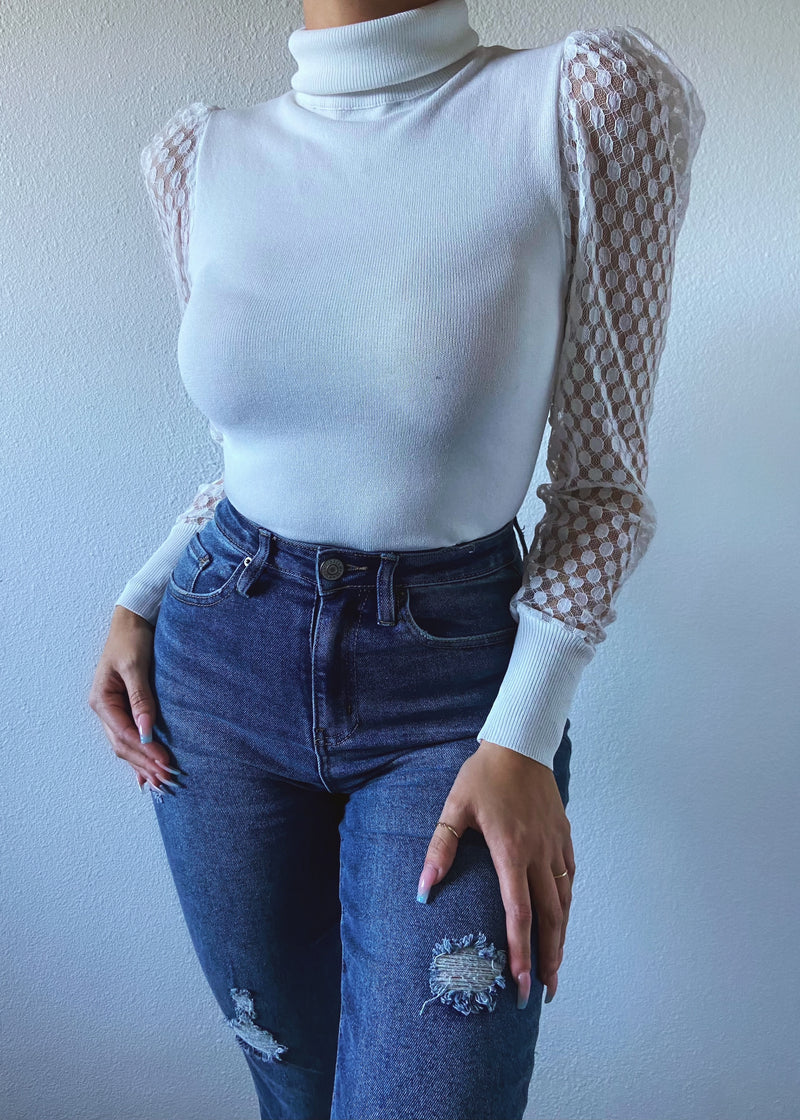 Brailey top (ivory)