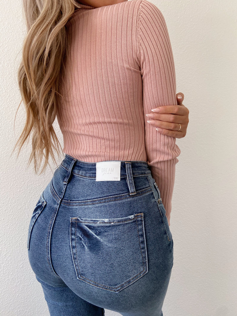 Dreamy jeans (high rise jeans)