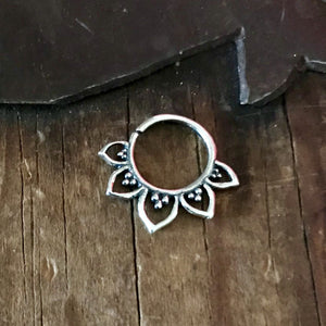 Silver Flower Septum Ring