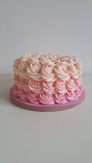 Rose Petal Cake (Strawberry)
