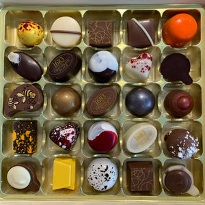 No Nuts Selection Box of 25 Chocolates