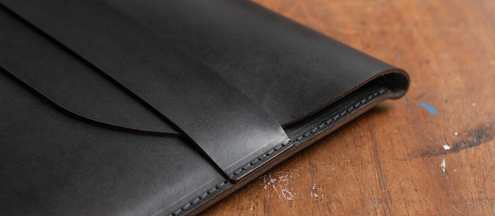 Personalised leather document / macbook folio
