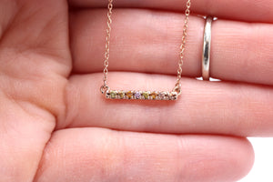 Montana Sapphire Bar Necklace in Yellow Gold