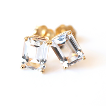 Load image into Gallery viewer, white topaz stud earrings