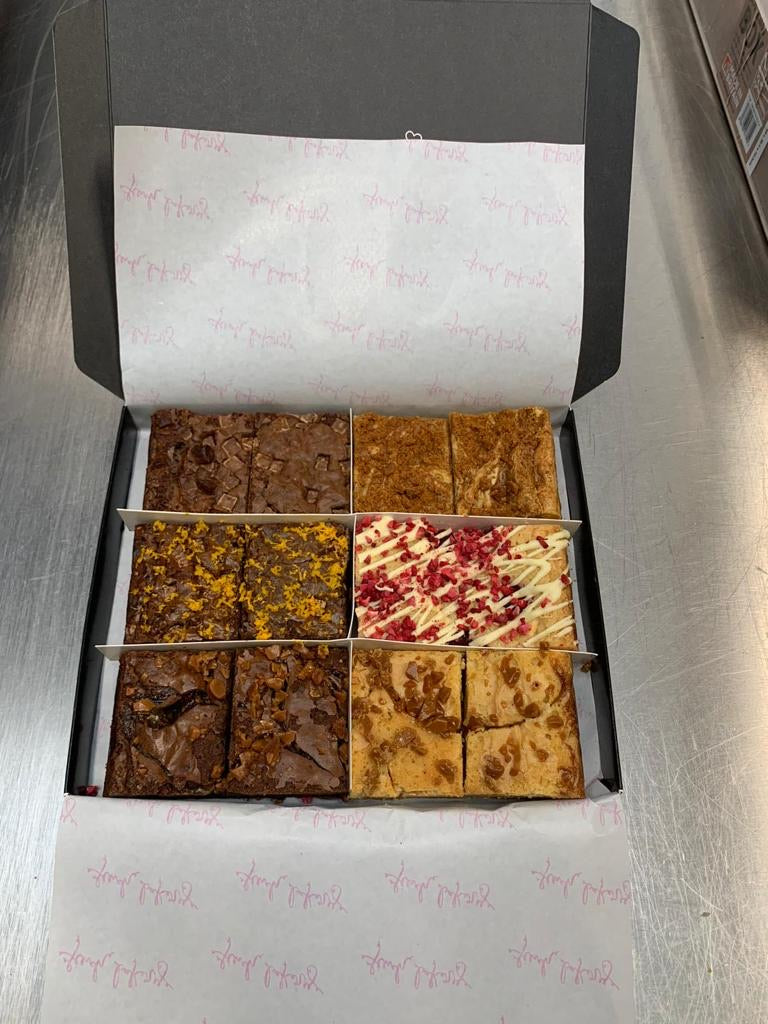 Finch Classic Blondie & Brownie Mixed Box 🍫 📦