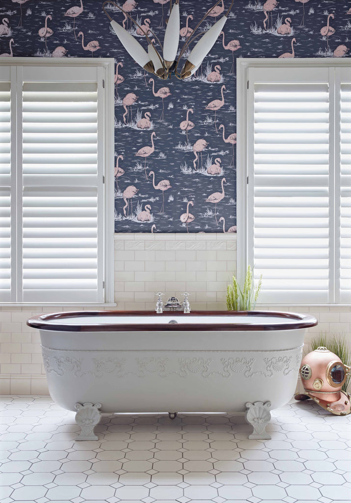 Bathroom Shot Flamingos Wallpaper 112/11041