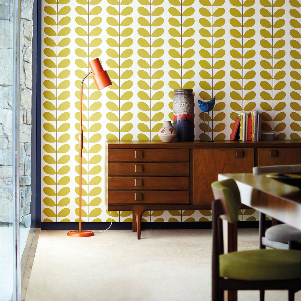 Orla Kiely Wallpaper. Retro Wallpaper. Classic Stem 110388 in Olive.
