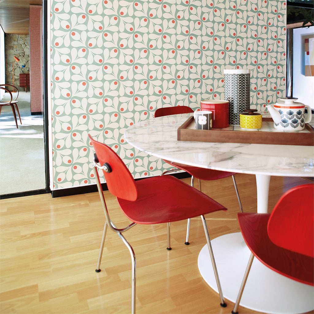 Retro Wallpaper. Orla Kiely Acorn Spot
