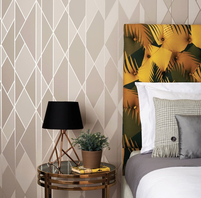 Oblique 105/11046 Cole & Son Wallpaper | Geometric 2 | Room Shot