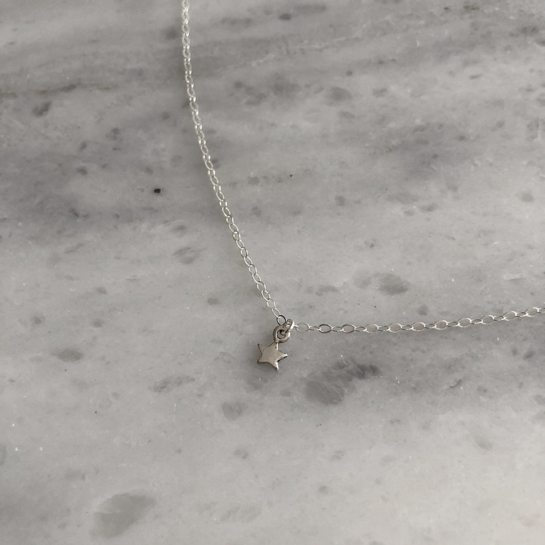 Tiny Star Choker in Sterling Silver