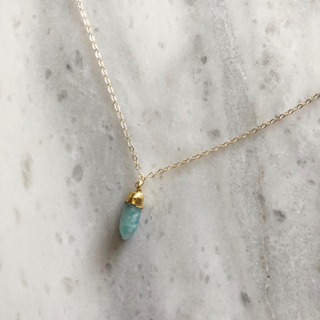 Creative Stone Necklace in 14k Gold