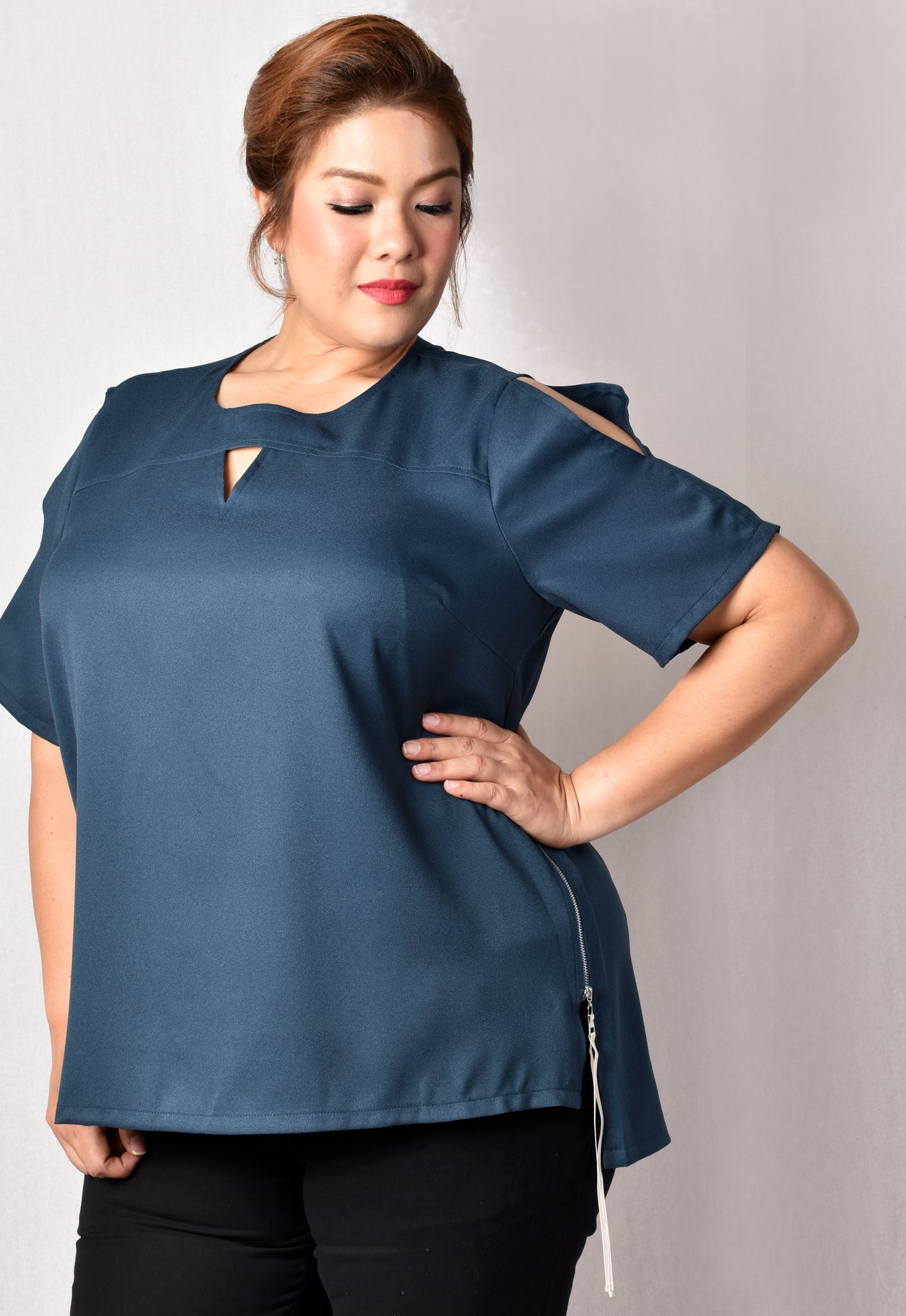 Hi-low Blouse with Cut-outs (Teal/Black)