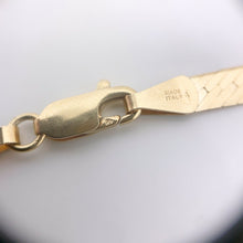 Load image into Gallery viewer, Majestic Natural Diamond 14k Yellow Gold Ring